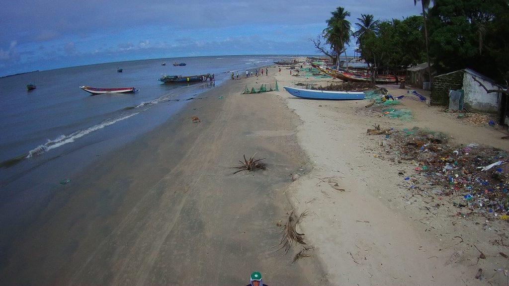 La grande plage vue vers l'ouest, vers le 2ème et 3ème épi